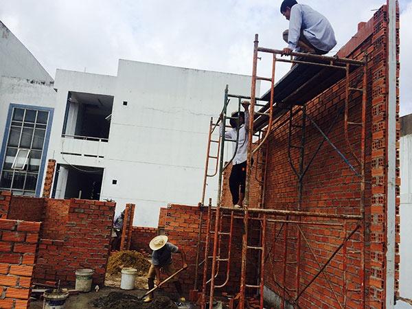 xay-nha-cap-4 Quy trình thi công xây nhà phần thô